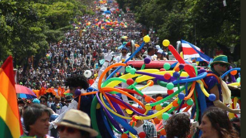 Lawmakers make last ditch effort to stop same-sex marriage in Costa Rica on 26 May
